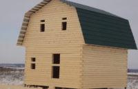 Дом 6*6м из бруса 200*150 мм, с двускатной ломаной (мансардной) кровлей